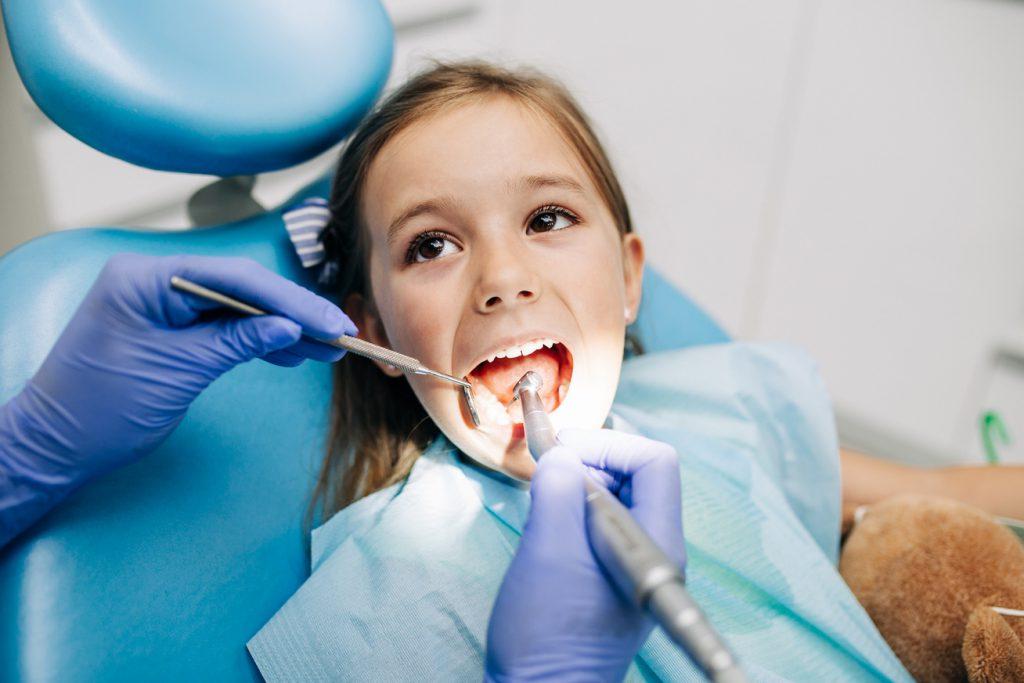 Miért romlik a gyerek foga, ha lelkiismeretesen mossátok?